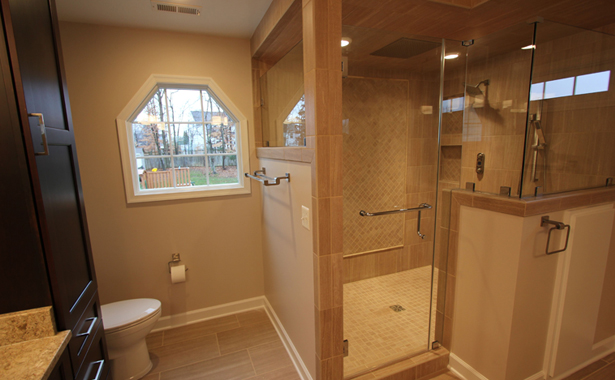 Custom Home Bathroom Design